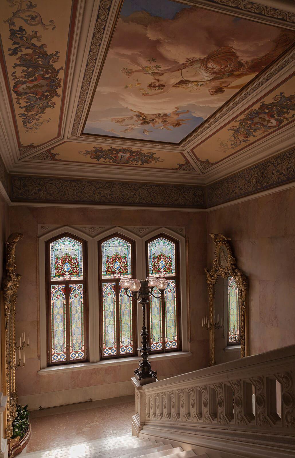 Grand Hotel a Villa Feltrinelli - The marble stairways